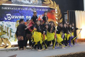 Grade 9 students performing their InterSayAwit